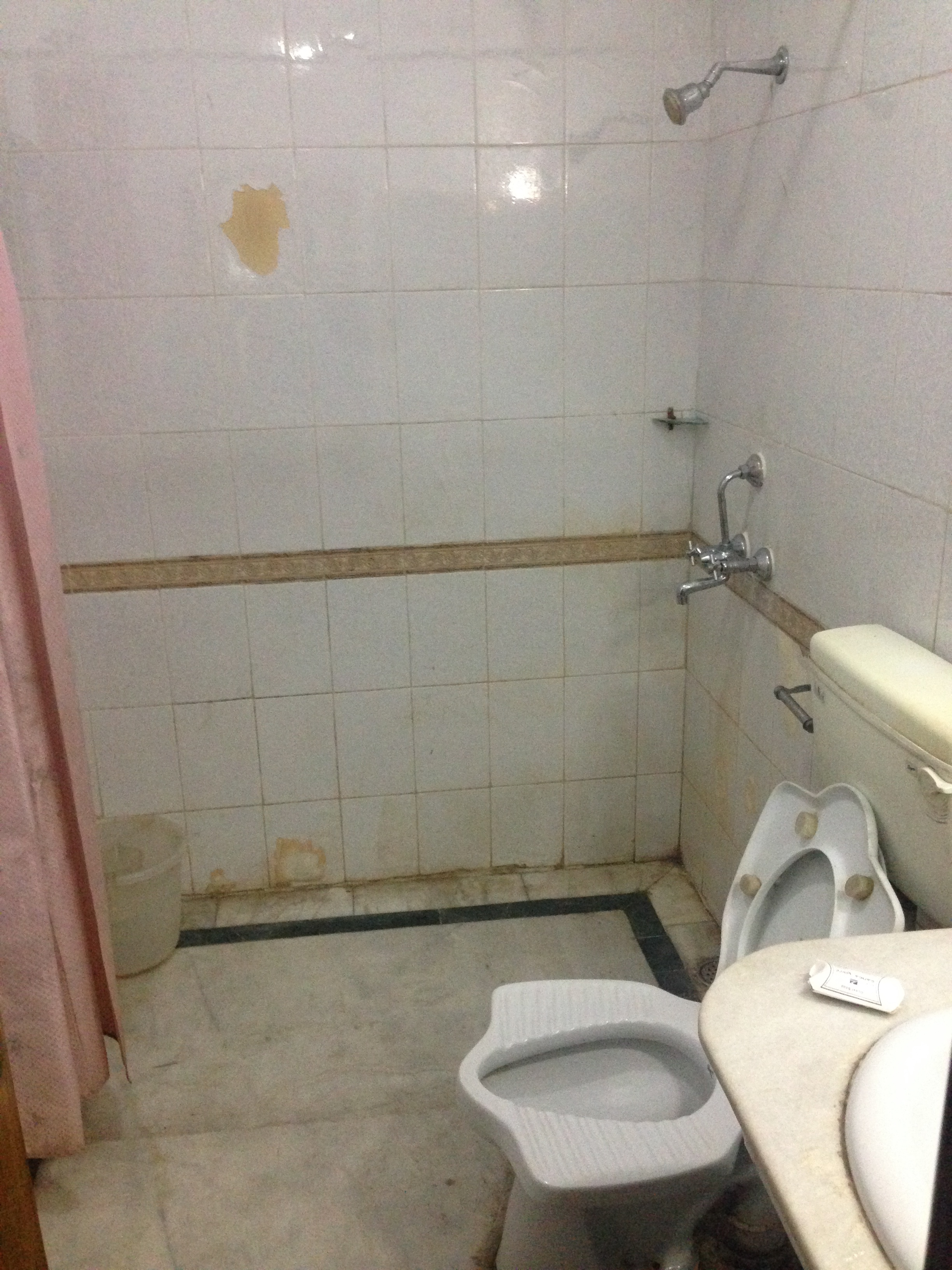 wet floor bathroom floor bathroom pragmatic world 15043